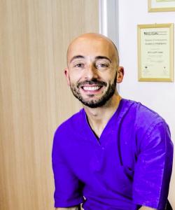 Il dott. Pierfranco Cesaraccio, fisioterapista specializzato